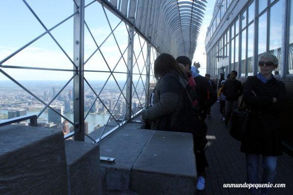 Gente en el observatorio del Empire State