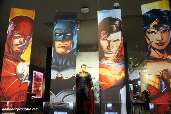 Personajes de DC en los Archivos de Warner