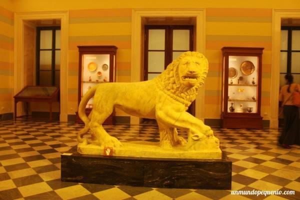 Estatua de León de Asia Menor