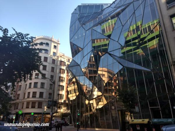 Edificio moderno de Bilbao