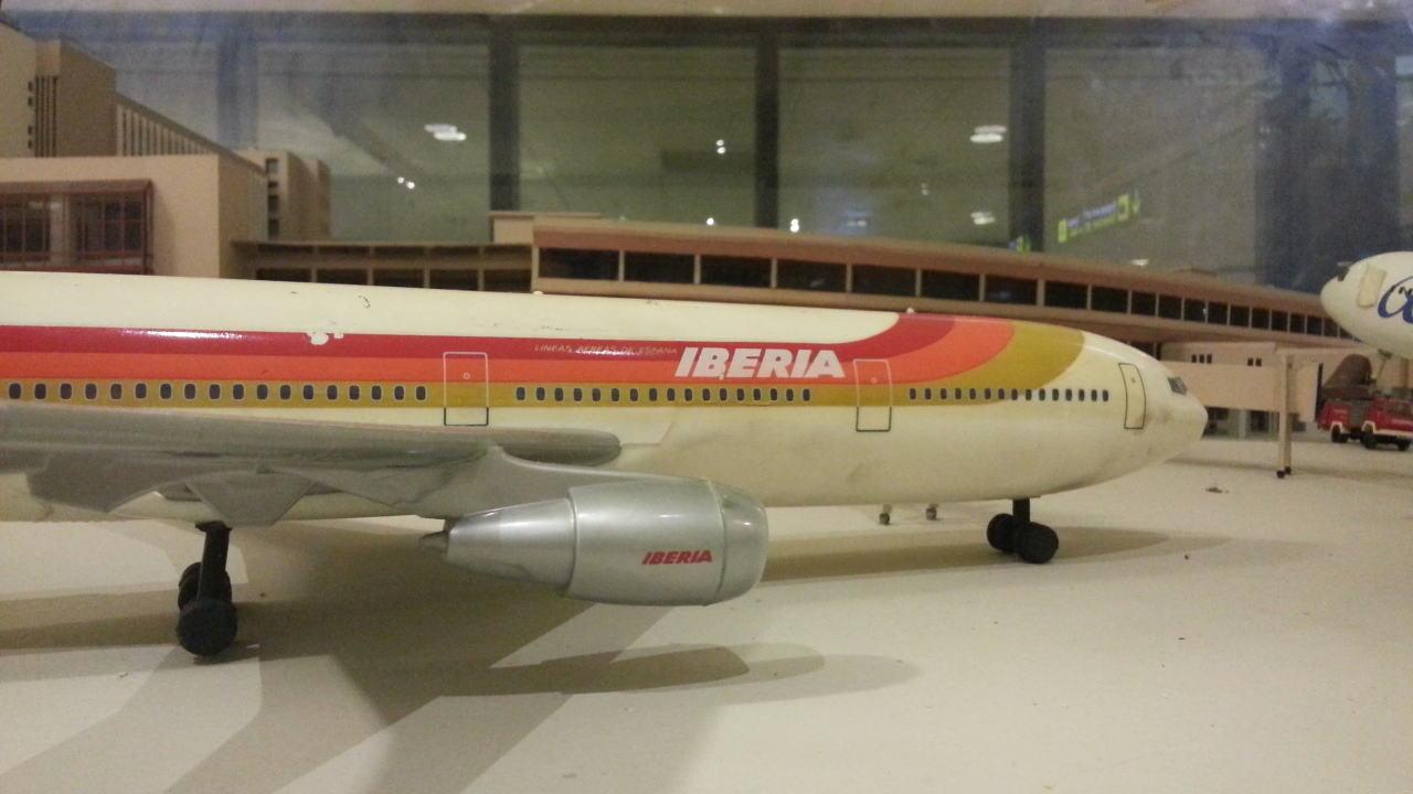 Maqueta avión de Iberia