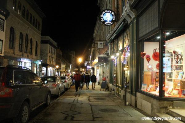 Calle del Viejo Québec de noche