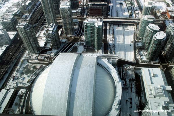 Vista del Rogers Centre desde la CN Tower