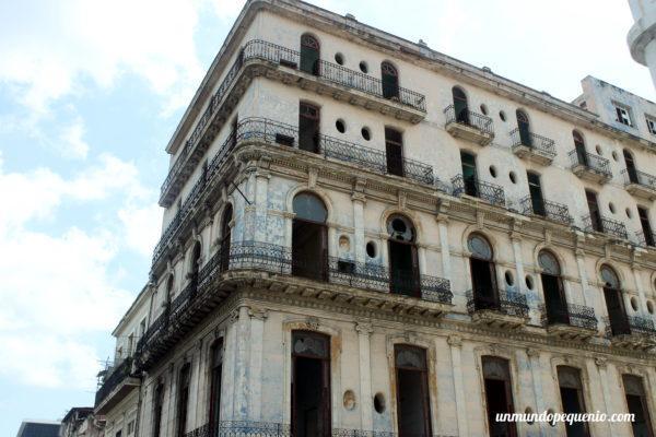 Edificio de la Habana Vieja