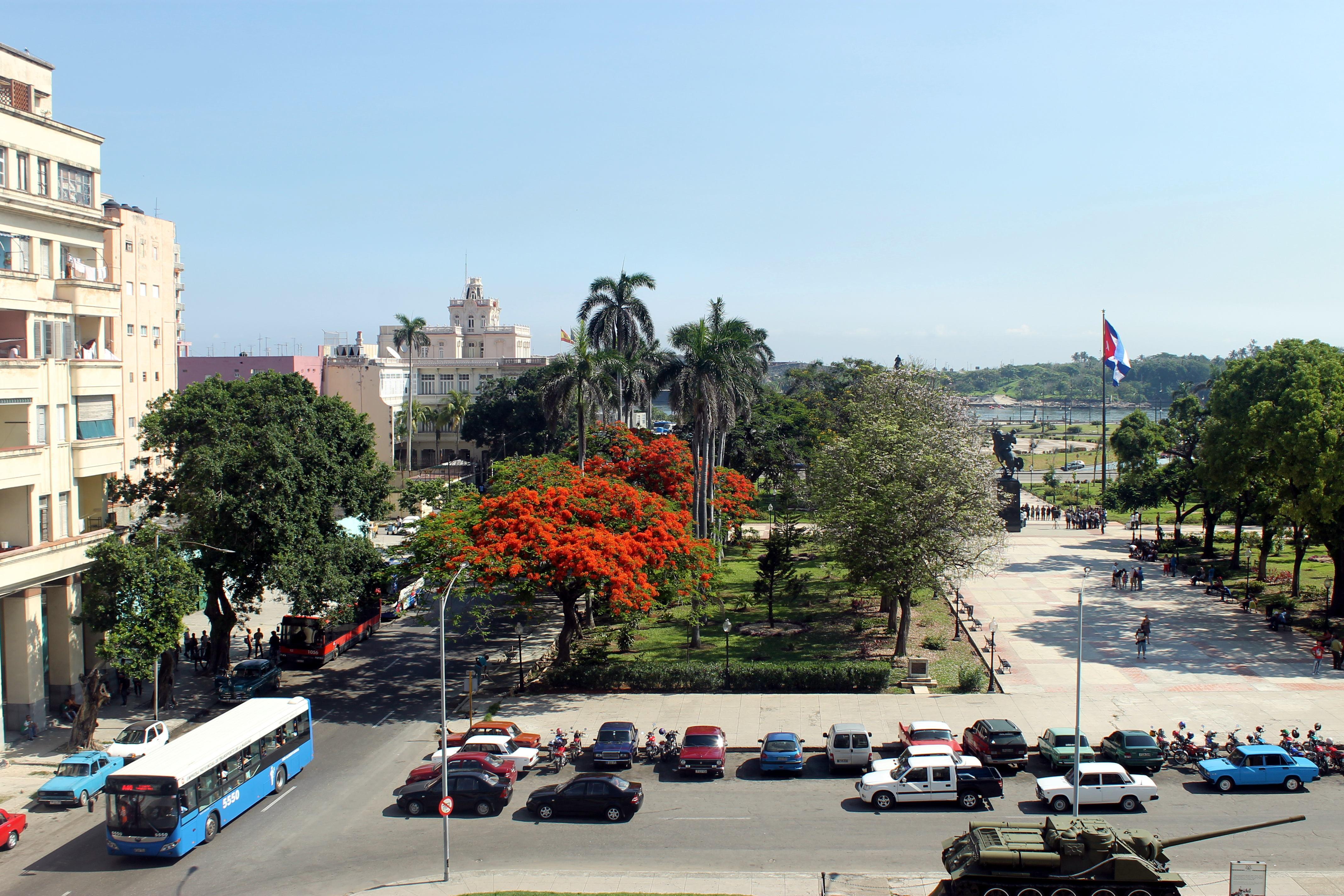 Plaza 13 de marzo en La Habana