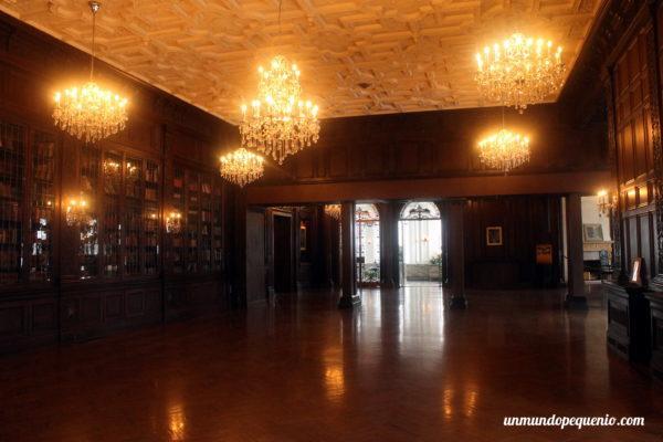Biblioteca de Casa Loma