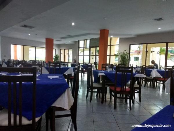 Buffet del hotel Villa Tortuga