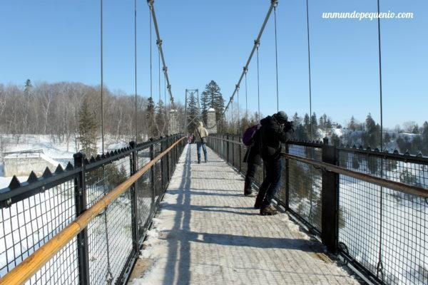Puente sobre las cataratas de Montmorency