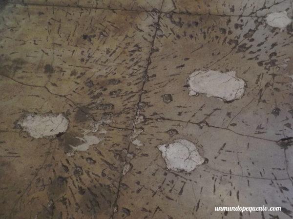 Marcas de balas en el piso de Alcatraz