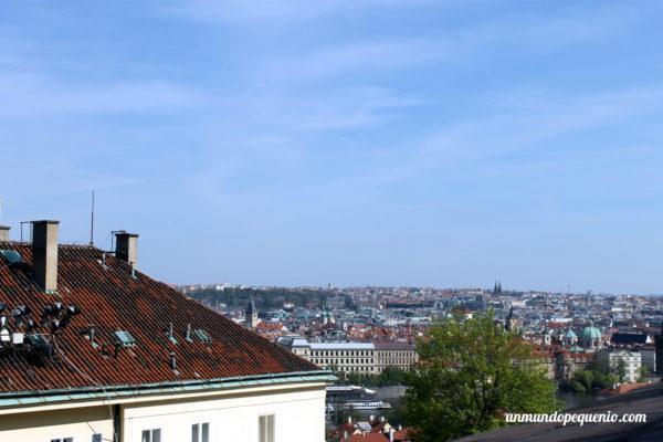 Vista de Praga desde el castillo