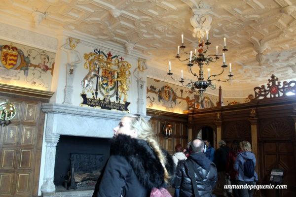 Salón real del Castillo de Edimburgo