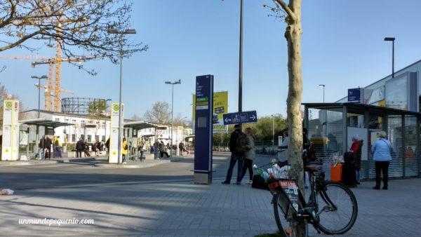 Parada de buses sur Berlín