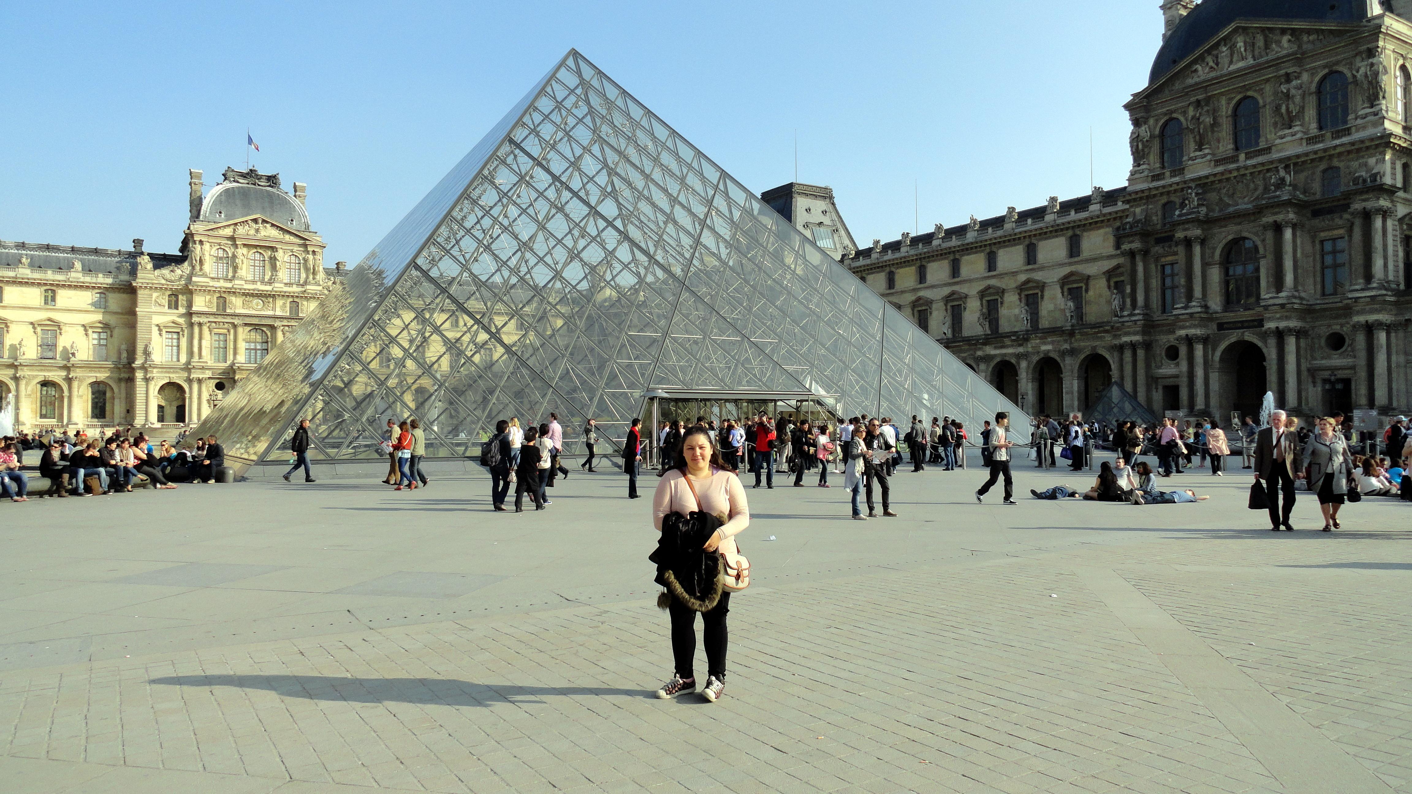 Yo en el Louvre en 2012
