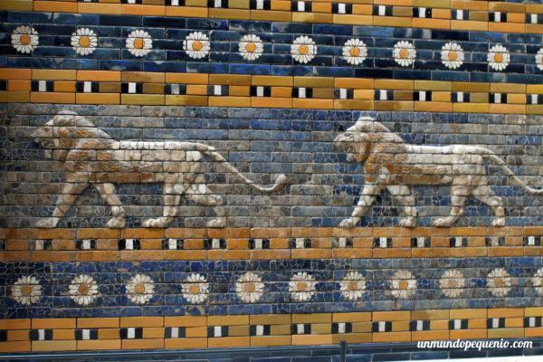 Mosaico de la Avenida de las procesiones de Babilonia