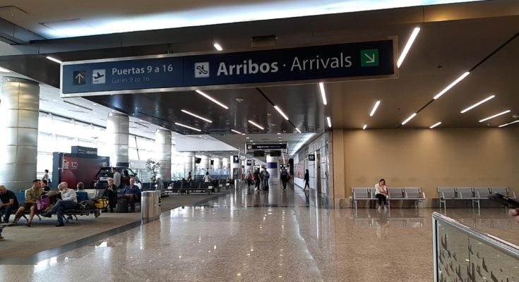 Cartel de arribos Aeroparque