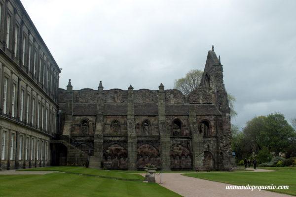 Abadía de Holyrood por fuera