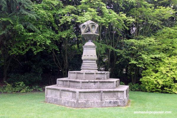 Fuente del jardín de Holyrood Palace