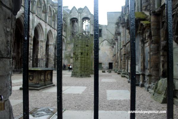 Lo que quedó de la Abadía de Holyrood