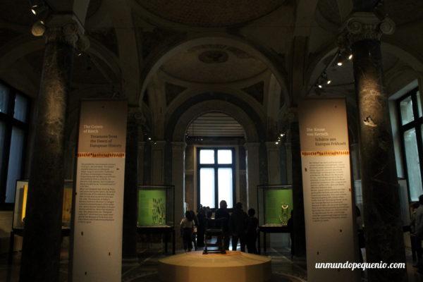 Neues Museum la Corona de Kerch