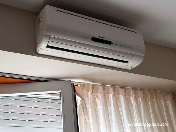 Aire acondicionado en la habitación